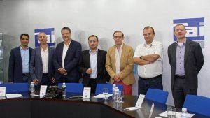 Mesa de Debate sobre cartelería digital